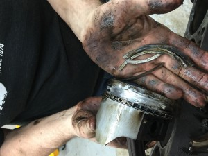 6 - Broken piston and Rings